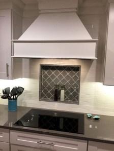 Stunning Kitchen Backsplash Design Ideas 28