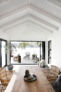 Adorable Summer Dining Room Design Ideas 21