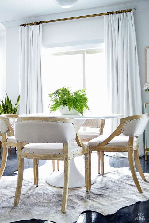 Adorable Summer Dining Room Design Ideas 38