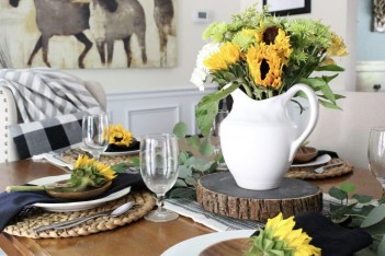 Adorable Summer Dining Room Design Ideas 40
