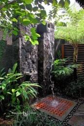 Best Ideas For Outdoor Bathroom Design 23