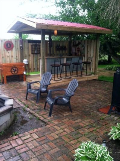 Cheap And Easy DIY Outdoor Bars Ideas 01