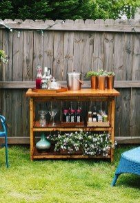 Cheap And Easy DIY Outdoor Bars Ideas 27