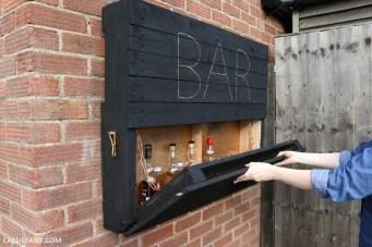 Cheap And Easy DIY Outdoor Bars Ideas 43