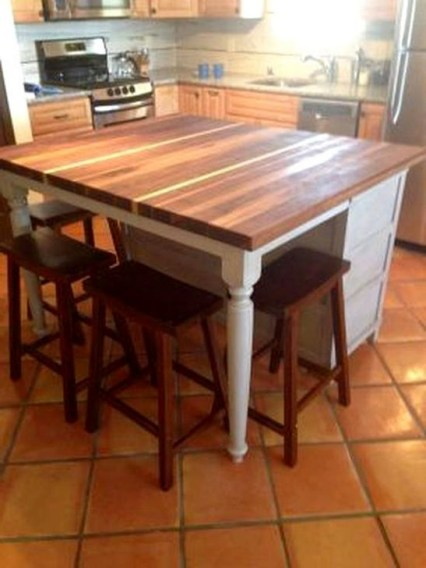 Classy Wooden Kitchen Island Ideas For Your Kitchen 17
