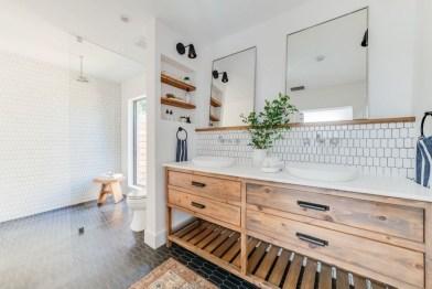 Comfy Bathroom Design Ideas With Shower Concept 02