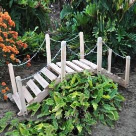 Cool Garden Bridge Ideas You Will Totally Love 01
