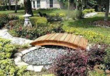 Cool Garden Bridge Ideas You Will Totally Love 34