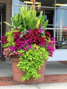Creative Front Door Flowers Pot Ideas 44