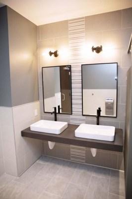 Luxurious Bathroom Mirror Design Ideas For Bathroom 07