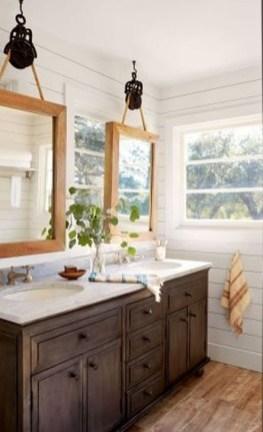 Luxurious Bathroom Mirror Design Ideas For Bathroom 46