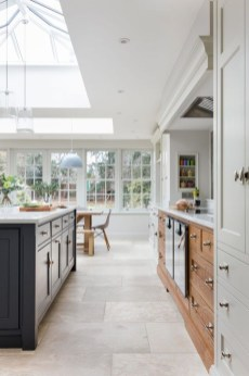 Magnificient Open Plan Kitchen With Feature Island Ideas 07