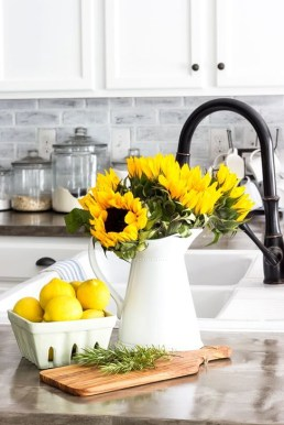 Marvelous Summer Decoration Ideas For Inspiration 15