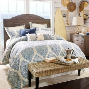 Outstanding Beach Decoration Ideas For Bedroom 05
