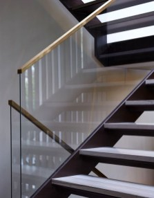 Perfect Glass Staircase Design Ideas 20