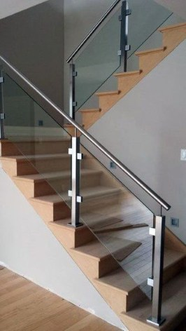 Perfect Glass Staircase Design Ideas 24