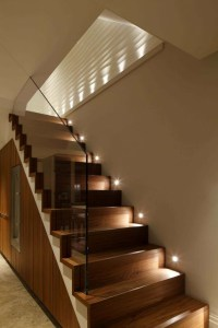 Perfect Glass Staircase Design Ideas 30