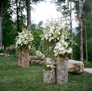 Romantic Backyard Garden Ideas You Should Try 04