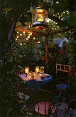 Romantic Backyard Garden Ideas You Should Try 15