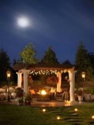 Romantic Backyard Garden Ideas You Should Try 22