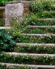 Romantic Backyard Garden Ideas You Should Try 29