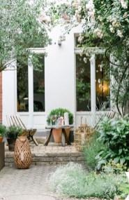 Romantic Backyard Garden Ideas You Should Try 48