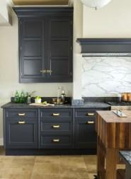 Stunning Dark Grey Kitchen Design Ideas 46