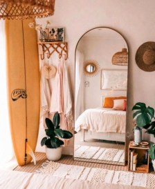 Totally Inspiring Bohemian Apartment Decor On A Budget 33