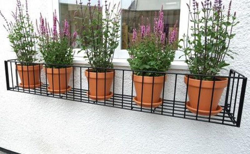 Wonderful Window Box Planters Yo Beautify Up Your Home 07