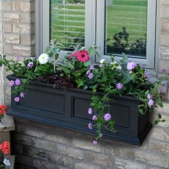 Wonderful Window Box Planters Yo Beautify Up Your Home 11