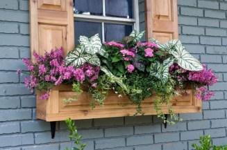 Wonderful Window Box Planters Yo Beautify Up Your Home 37
