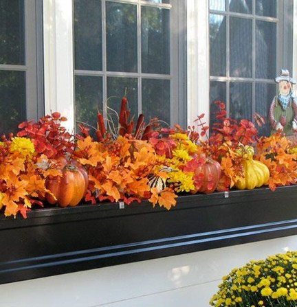 Wonderful Window Box Planters Yo Beautify Up Your Home 38