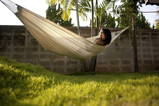 Affordable Backyard Hammock Decor Ideas For Summer Vibes 09