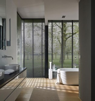 Elegant Wood Decor Ideas For Your Bathroom Design 17