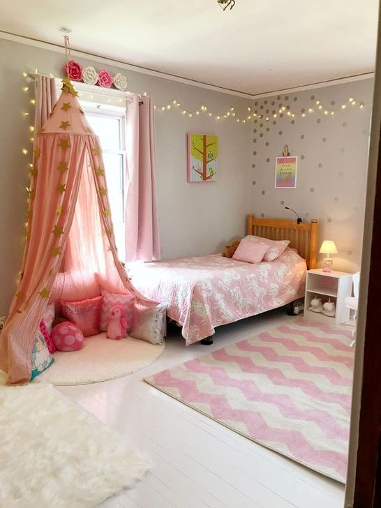 Lovely Bedroom Ideas With Beautiful Rug Decoration 07