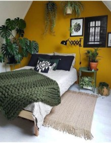 Lovely Bedroom Ideas With Beautiful Rug Decoration 48