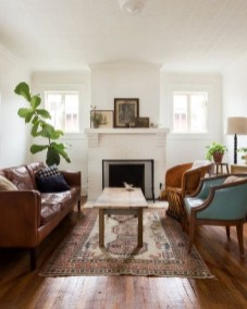 Small And Cozy Living Room Design Ideas To Copy 46