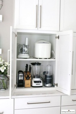 Smart Hidden Storage Ideas For Kitchen Decor 33