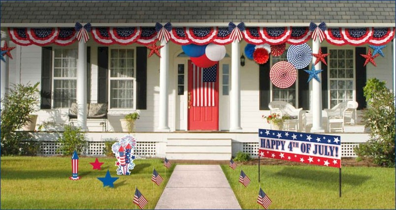Super Patriotic Porch Independence Day Decoraion Ideas 23