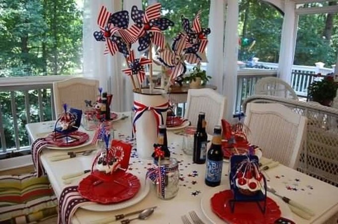 Super Patriotic Porch Independence Day Decoraion Ideas 50
