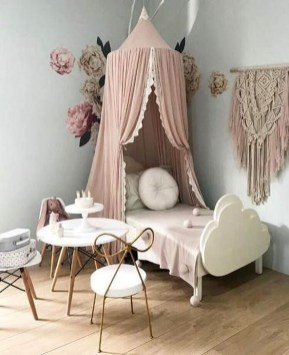 Totally Inspiring Bedroom Decor Ideas For Baby Girls 33