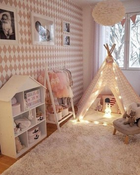 Totally Inspiring Bedroom Decor Ideas For Baby Girls 44
