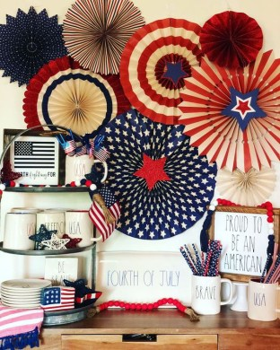 Unique Farmhouse Fourth July Decor Ideas That Inspire You 09