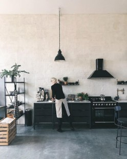 Attractive Kitchen Design Ideas With Industrial Style 02