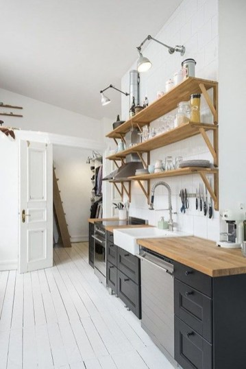 Attractive Kitchen Design Ideas With Industrial Style 38