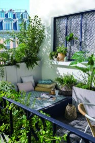 Awesome Small Balcony Ideas To Make Your Apartment Look Great 28