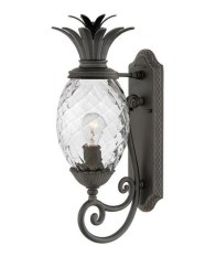 Classy Traditional Outdoor Lighting Ideas For Your House 36
