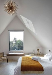 Comfy Attic Bedroom Design And Decoration Ideas 06