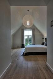 Comfy Attic Bedroom Design And Decoration Ideas 22