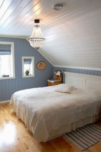 Comfy Attic Bedroom Design And Decoration Ideas 30